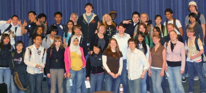 Tom Holder speaks to students in Washington