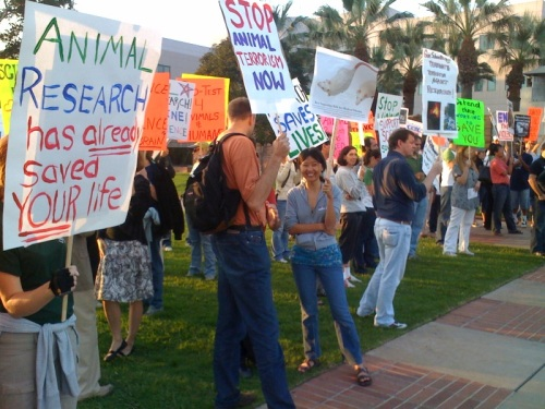Researchers stand up to defend science