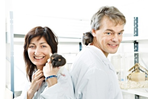 May-Britt Moser, Edvard Moser, and the rats that they use in their groundbreaking neuroscience research. Image Geir Mogan/ NTNU