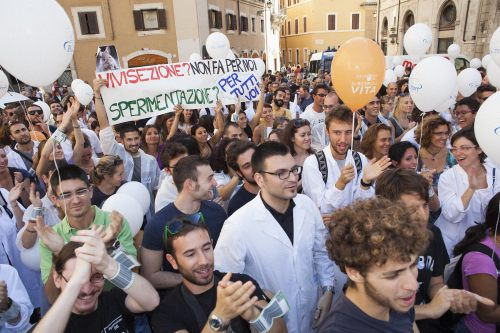 Tomorrow Pro-Test Italia will return to the streets of Rome, joining students and scientists in support of crucial research.
